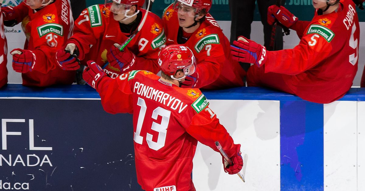 2021 World Juniors USA vs Russia game recap: Strong second period leads to Russian victory