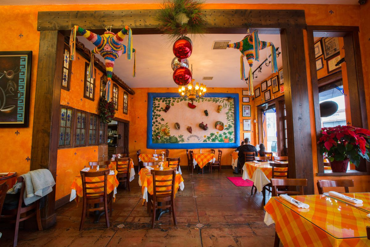 La Casita Mexicana's dining room in Bell, California.