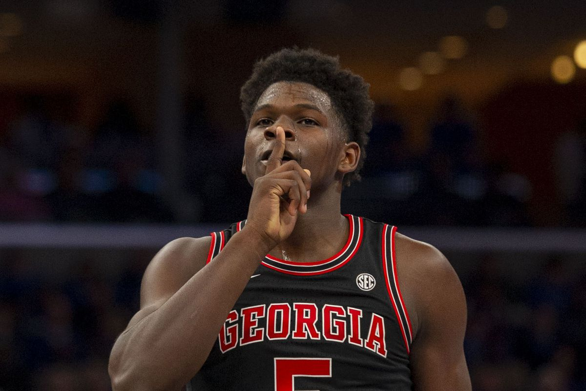 Young Bulldogs Announce Arrival In Road Upset Of 9 Memphis