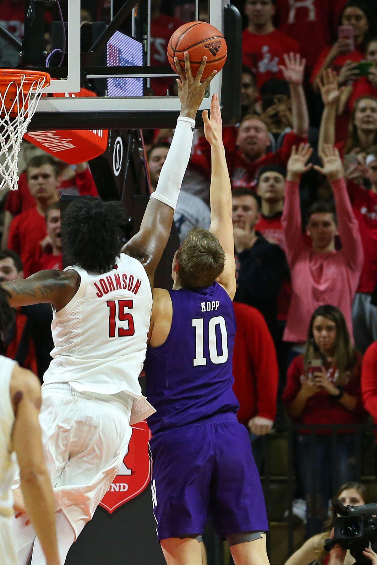 Northwestern v Rutgers
