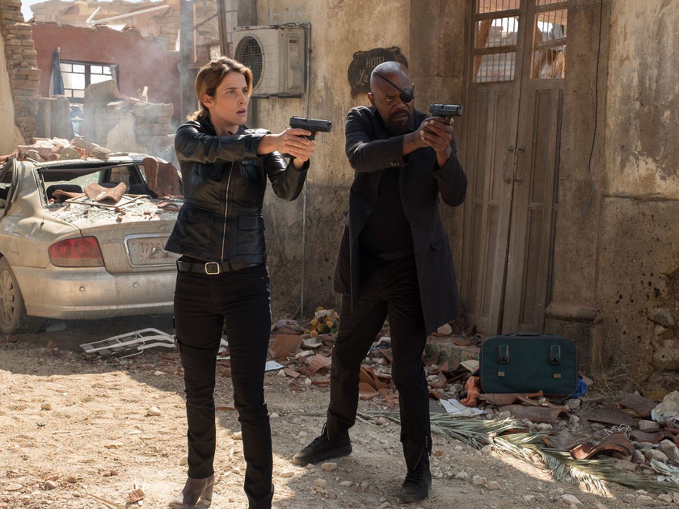 Maria Hill Actor Cobie Smulders Says She Didn T Know About The Spider Man Far From Home Surprise Ending Deseret News