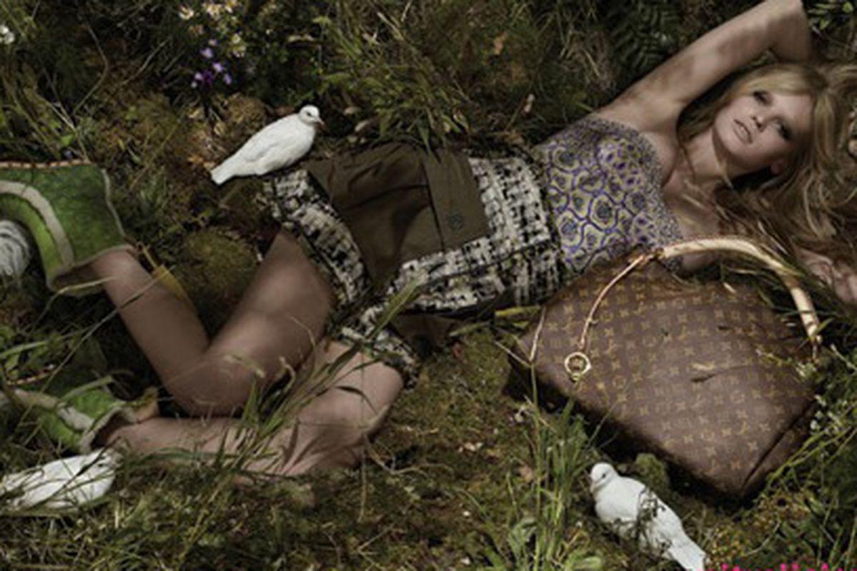 "Does anyone else cringe at seeng a Louis Vuitton bag in the dirt? Image via <a href=""http://www.nitrolicious.com/blog/2009/12/08/lara-stone-for-louis-vuitton-spring-summer-2010-ad-campaign/"">Nitrolicious</a>."