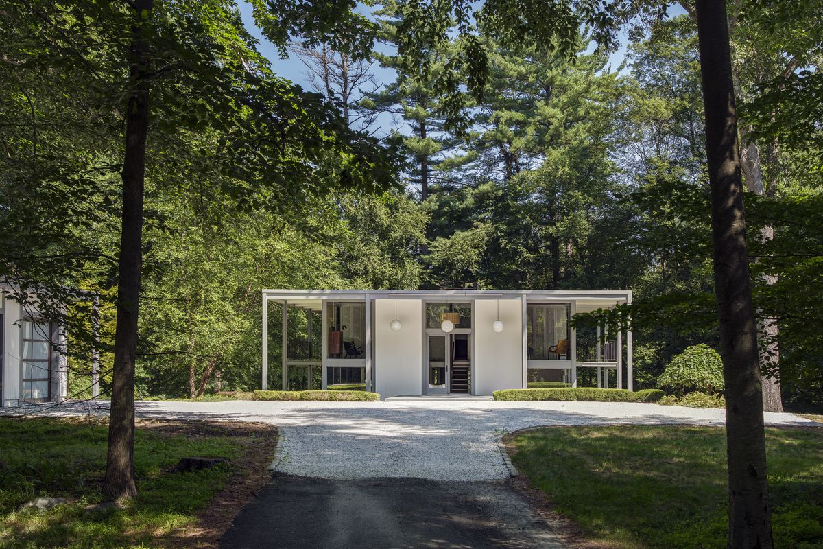 Marvelous Midcentury Home Outside Nyc Wants 1 7m Curbed