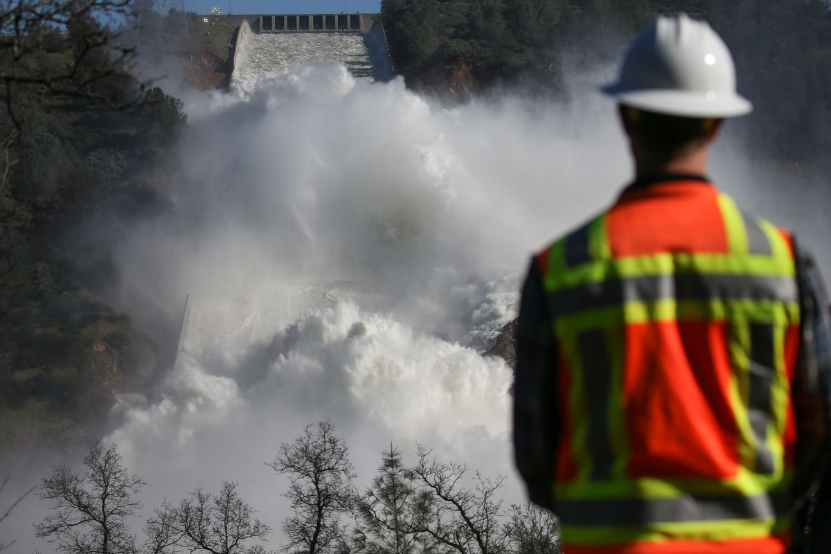 Oroville Dam: New spillway to be used next week for first