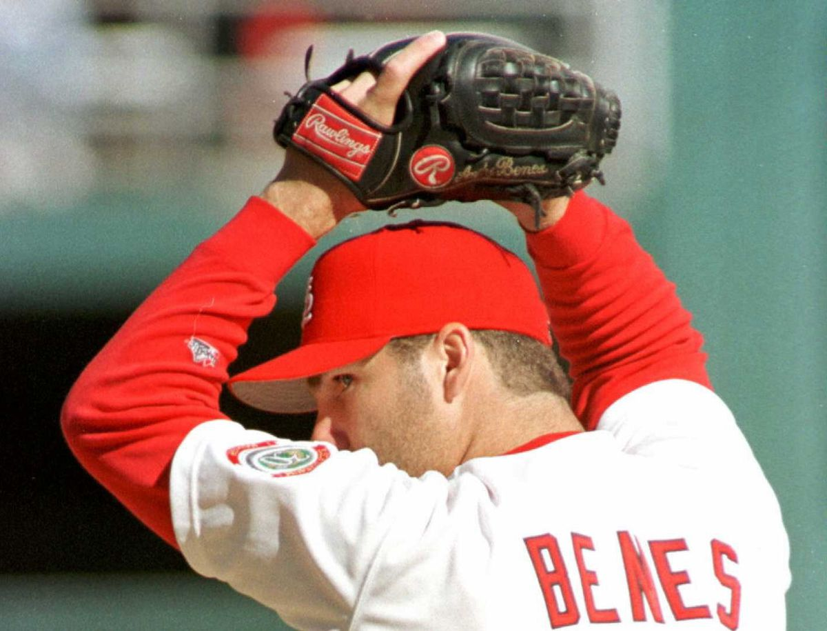 St. Louis Cardinals' starting pitcher Andy Benes s