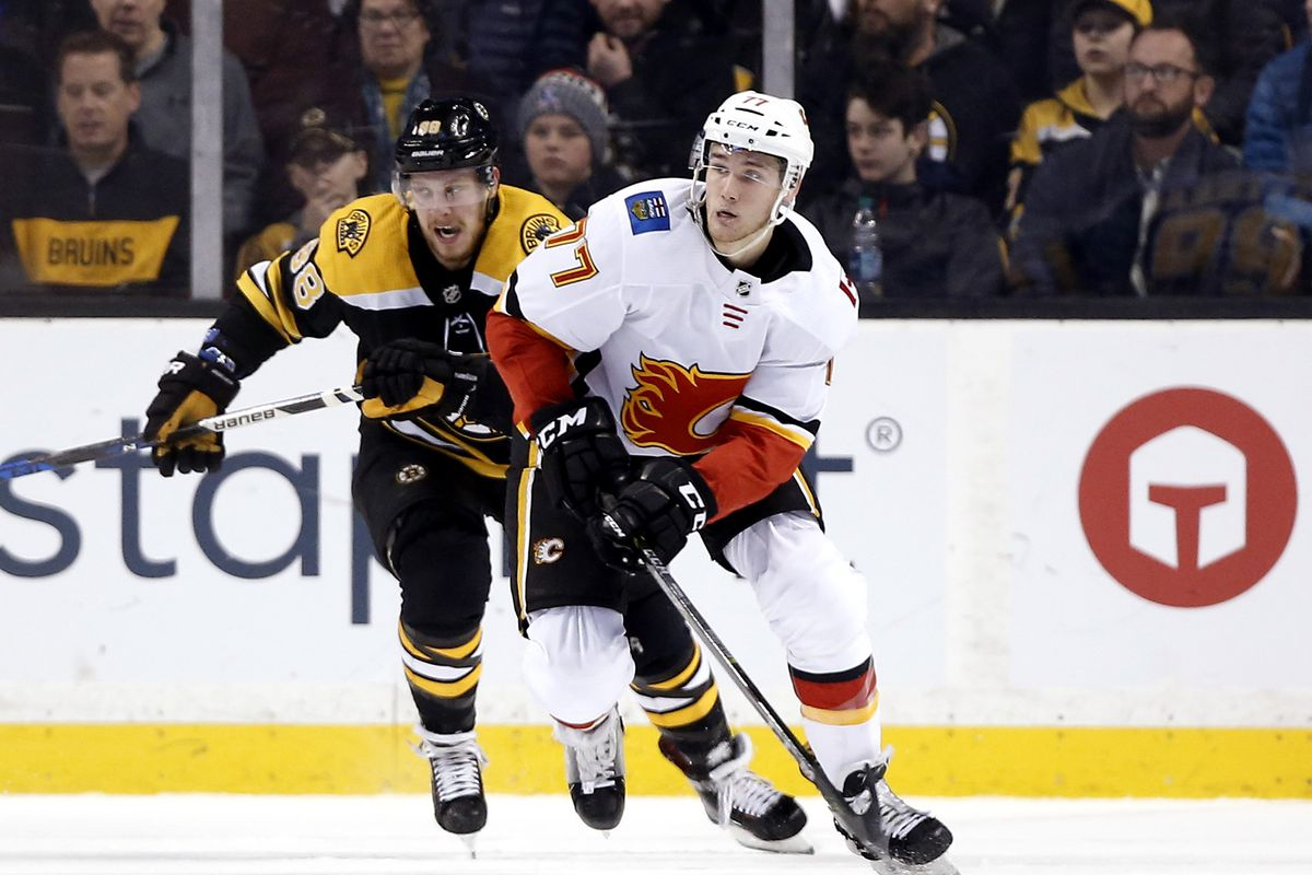 NHL: Calgary Flames at Boston Bruins