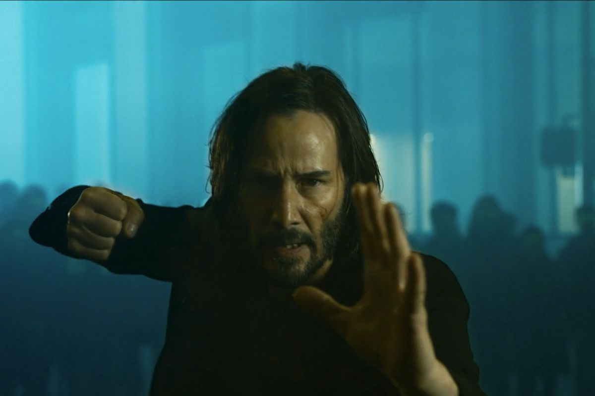 Neo in a fighting stance from The Matrix Resurrections