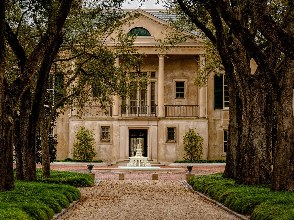 10 historic homes in New Orleans to tour - Curbed New Orleans on big villa, big balloons, big styles of homes, big estate home, big houses,