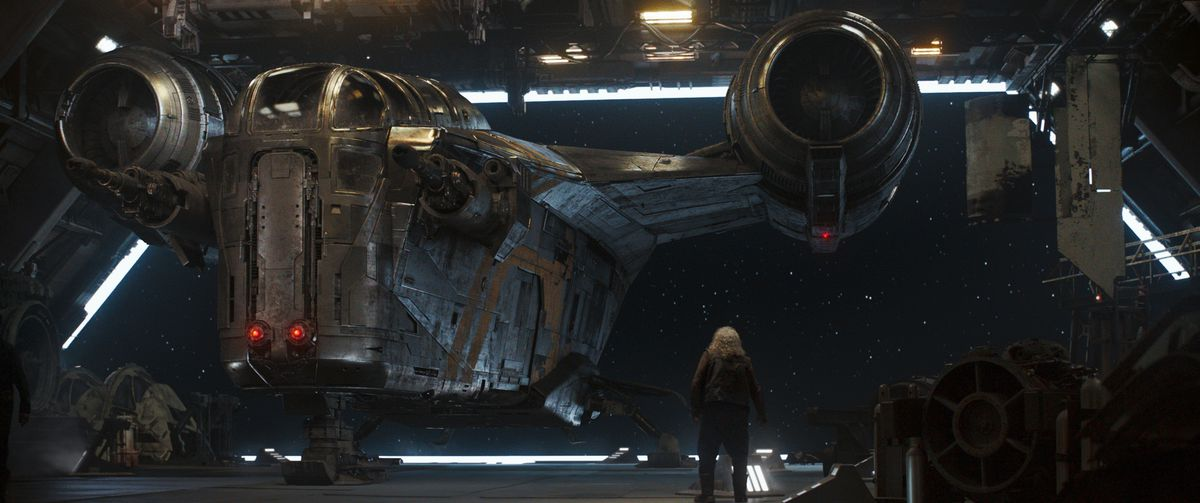 The Razor Crest touches down in an anonymous starbase filled with scoundrels.
