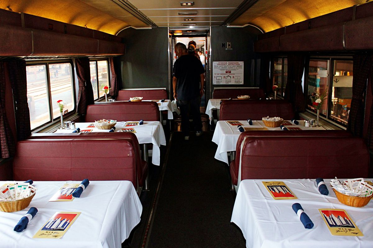 Amtrak Is Ending White Tablecloth And Fresh Food Dining Car Tradition Eater