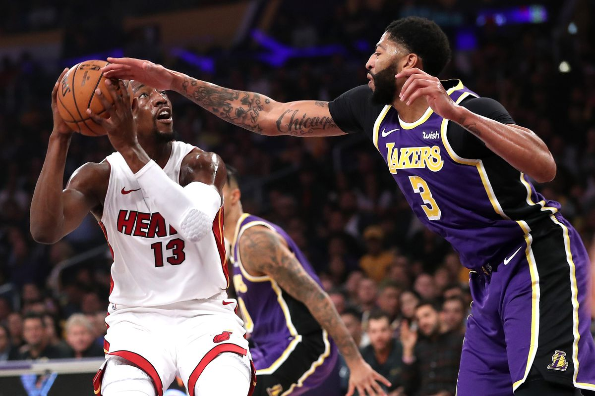 Lakers Vs Heat Final Score Lebron Makes History As L A Handles Miami Silver Screen And Roll