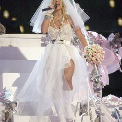 While no one technically got married at the 2003 MTV Video Music Awards, we'd be remiss not to mention Britney Spears's homage to Madonna's iconic bridal getup.