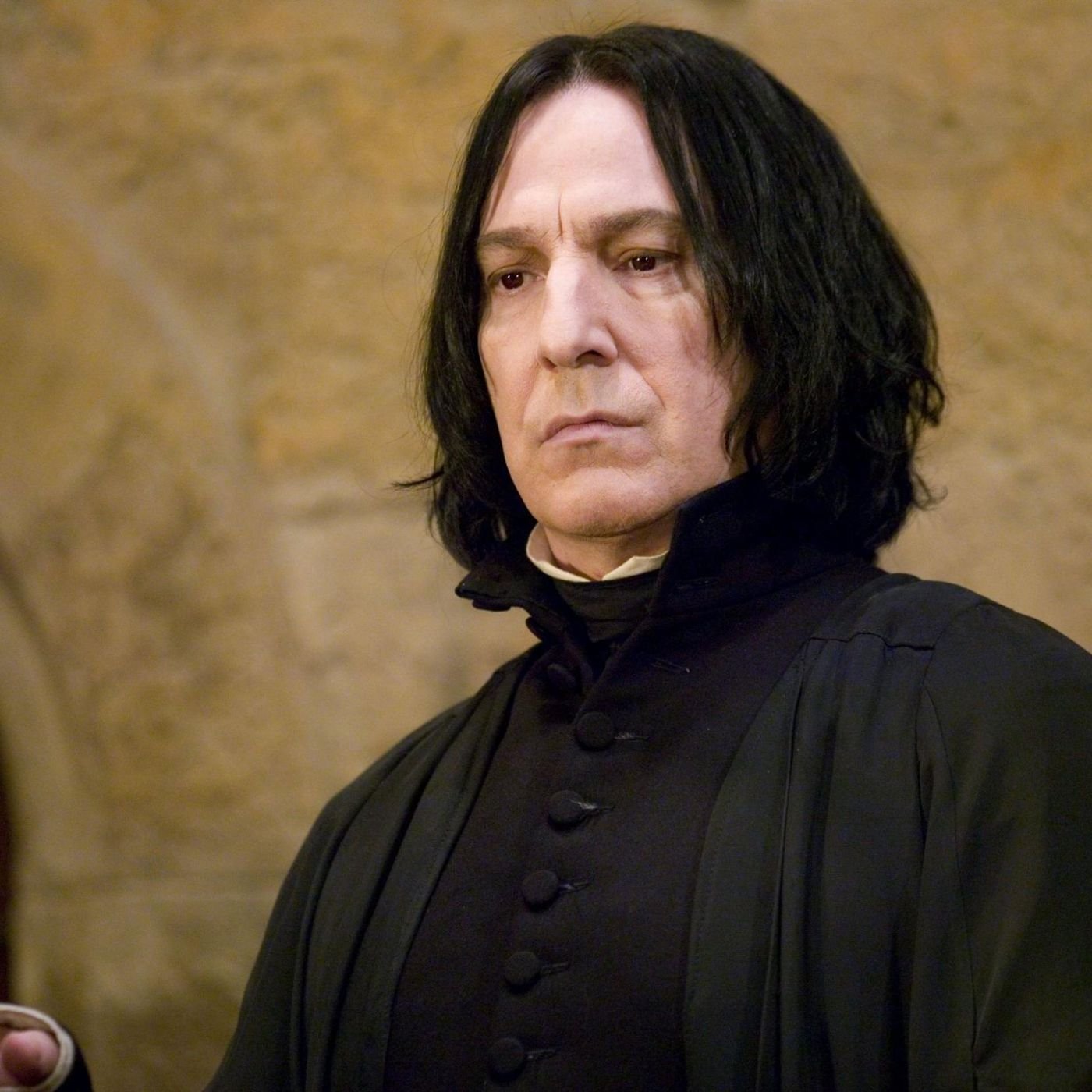 J K  Rowling has apologized for killing Professor Snape 10 years