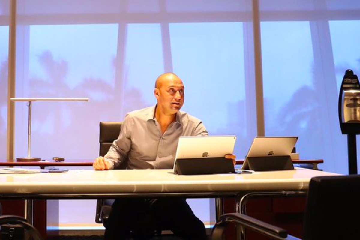 size 40 71099 cb79e Derek Jeter's office has two iPads and a lot of hand ...