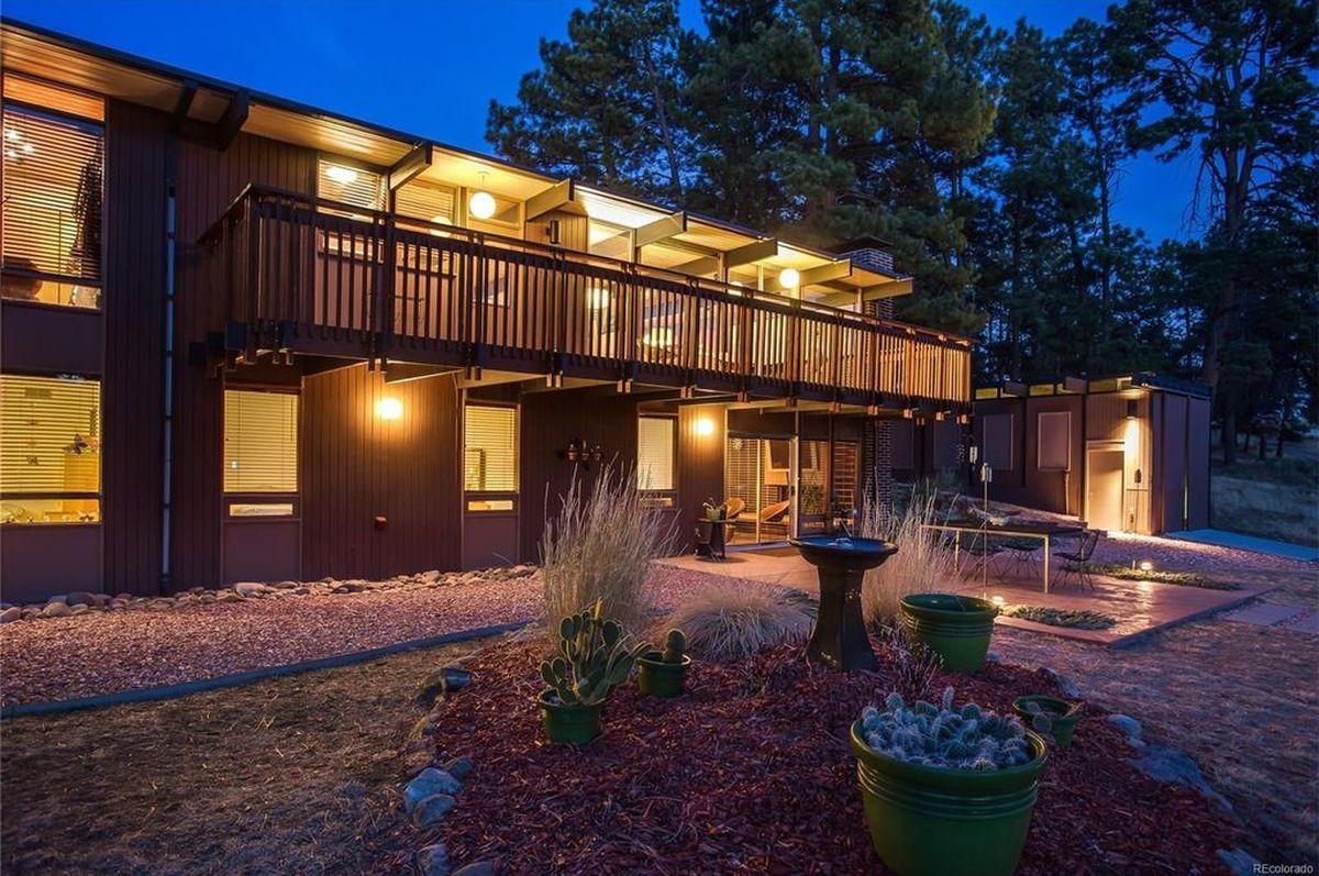 Revamped Midcentury Home Frames Killer Views In Colorado