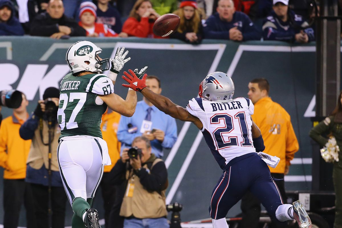 2d5511df Patriots sign wide receiver Eric Decker to a 1-year deal, release ...