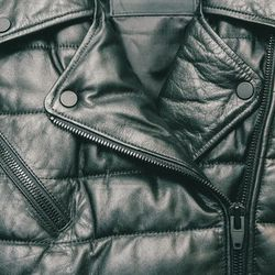 <b>There is a limit to SF's obsession with puffer jackets</b><br> If you have spent even a single winter in SF, you know that people start pulling out full-length down coats at the first hint of 50-degree weather. On sunny days, the city sticks with down