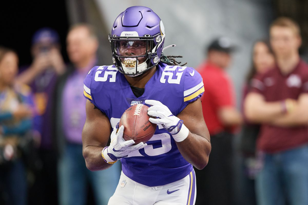 Alexander Mattison of the Minnesota Vikings warms up before the game against the Philadelphia Eagles at U.S. Bank Stadium on October 13, 2019 in Minneapolis, Minnesota.