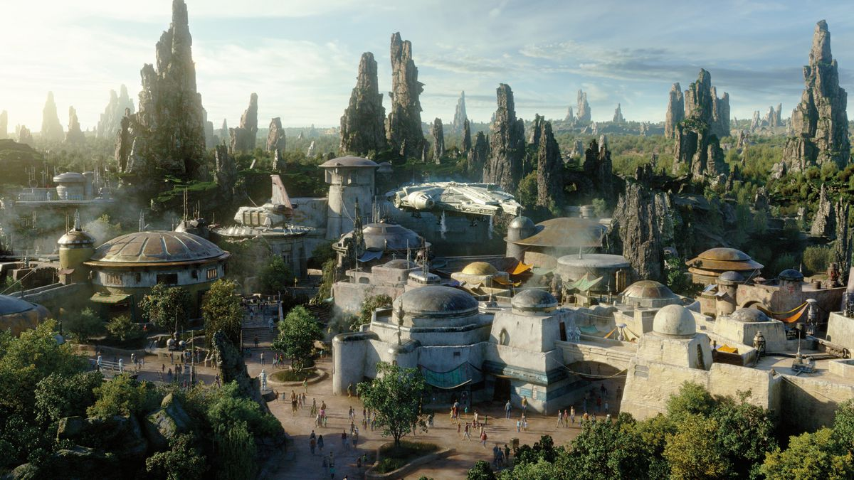 Star Wars Land: where to go, what to eat, and how to hack