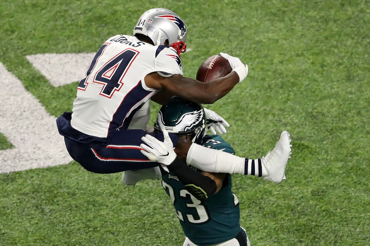 12392379 Super Bowl 52 Patriots vs Eagles: Brandin Cooks heads to the locker room  after brutal hit, OUT with a head injury