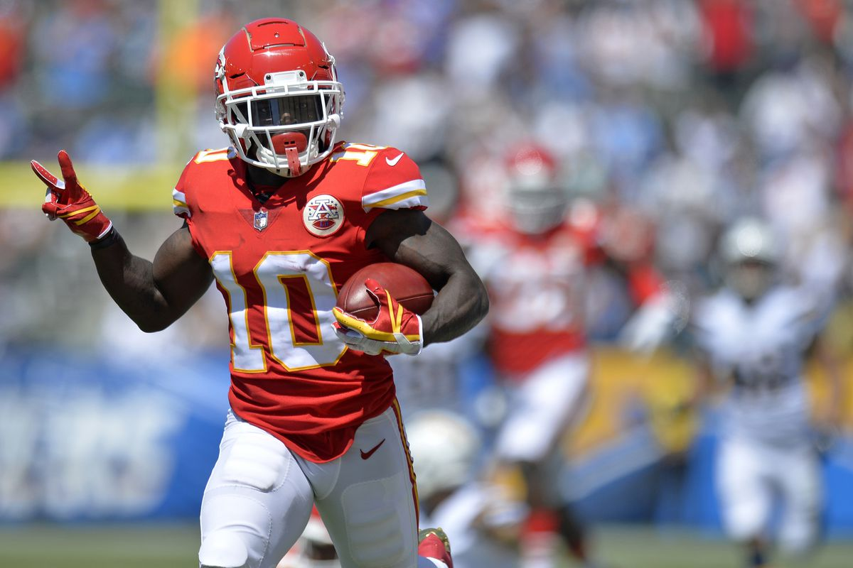 Watch As Tyreek Hill Records His First Receiving Touchdown Of The Season Arrowhead Pride