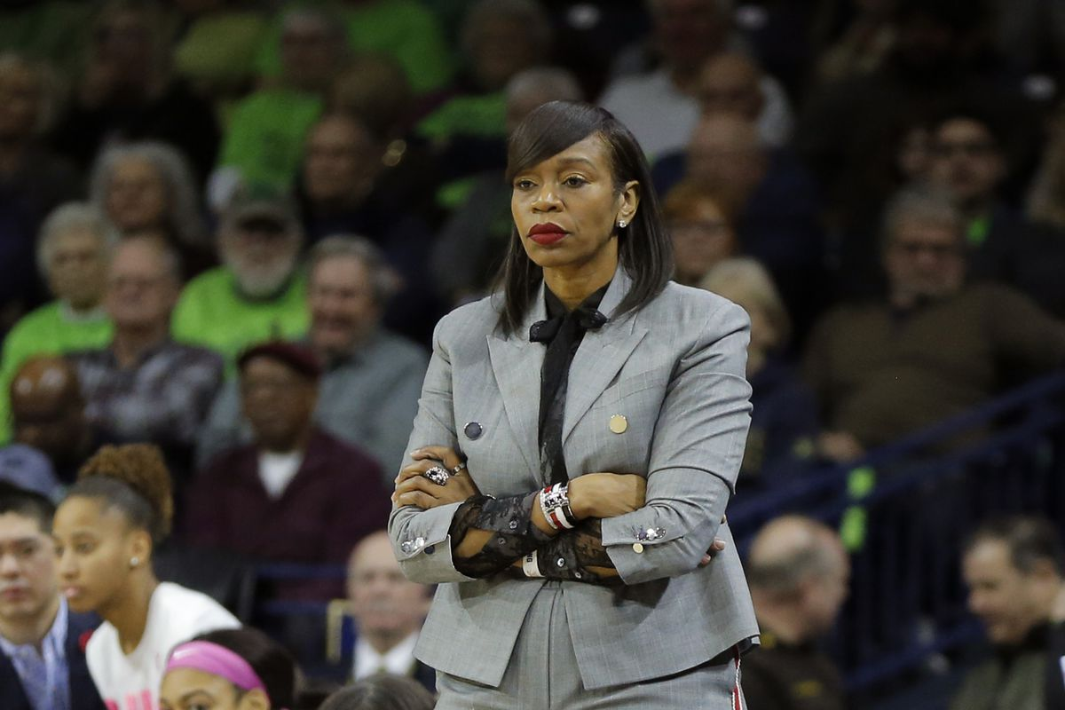 COLLEGE BASKETBALL: MAR 03 Women's Virginia at Notre Dame