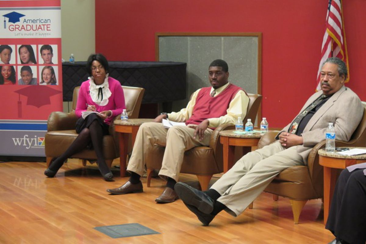 IPS school board candidates discuss education issues at Chalkbeat and WFYI's election forum.