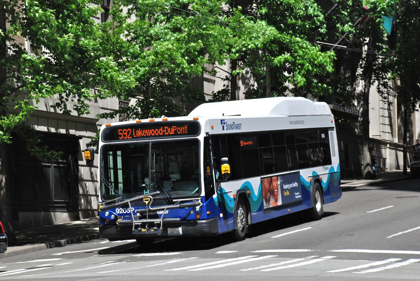 American cities are trying to improve their buses - Vox