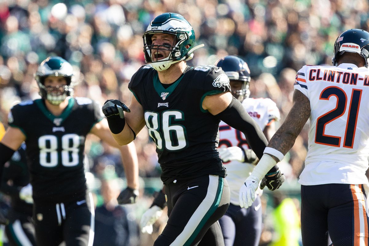 Philadelphia Eagles tight end Zach Ertz reacts after a reception against the Chicago Bears at Lincoln Financial Field.