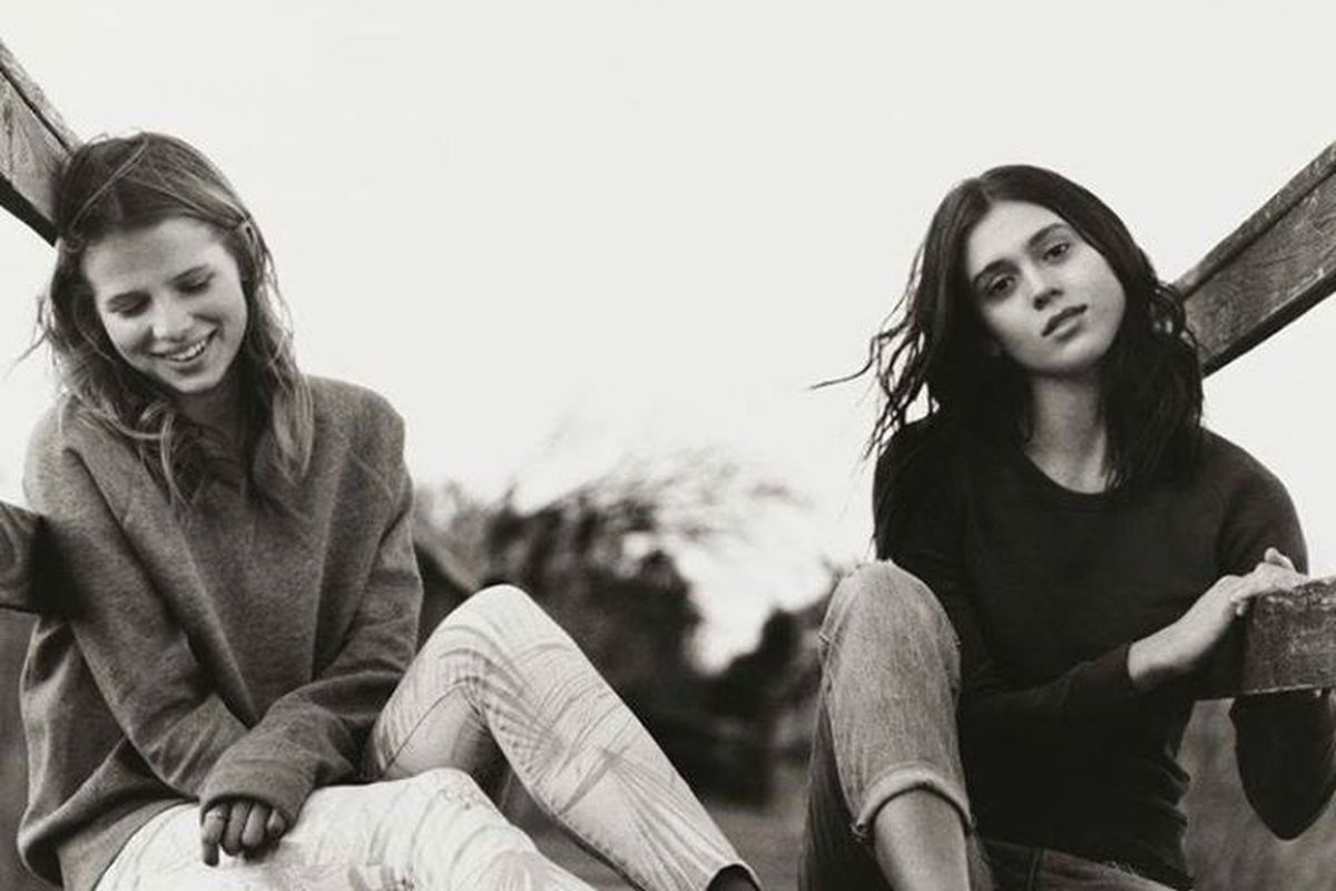 """A look from Gap's 2014 spring Lived In campaign. Image via Gap/<a href=""""https://www.facebook.com/gap/photos/pb.14856729724.-2207520000.1395329583./10152265865319725/?type=3&amp;src=https%3A%2F%2Ffbcdn-sphotos-c-a.akamaihd.net%2Fhphotos-ak-frc3%2Ft1."""