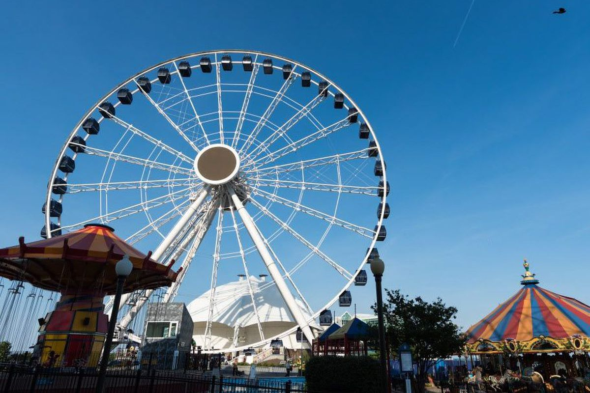 Tall City Delivery >> Navy Pier offers free rides on Centennial Wheel to mark ...