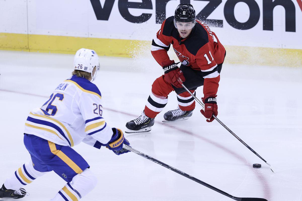 NHL: Buffalo Sabres at New Jersey Devils