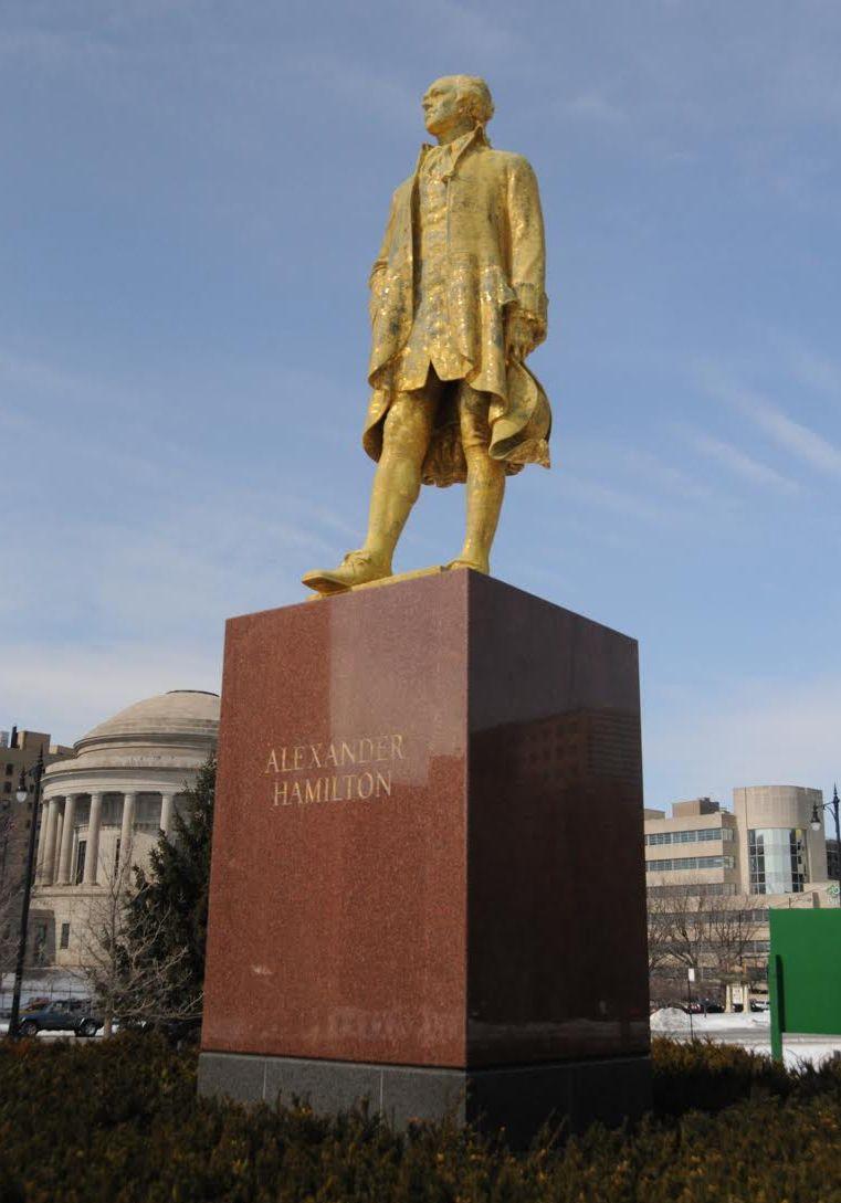 Hamilton on his base in Lincoln Park before the restoration began. | Andrzej Dajnowski photo