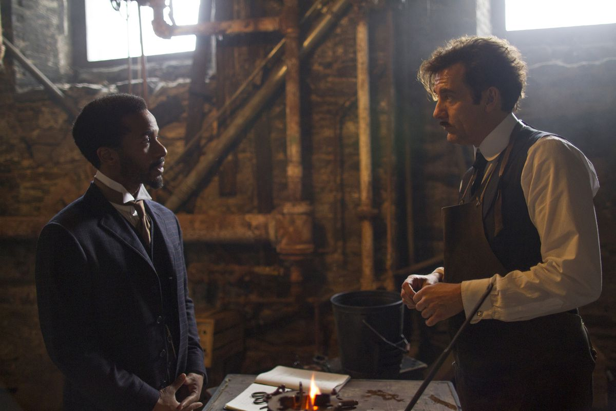 Dr. Algernon Edwards (André Holland, left) and Dr. John Thackery (Clive Owen) attempt to come to an understanding on The Knick.