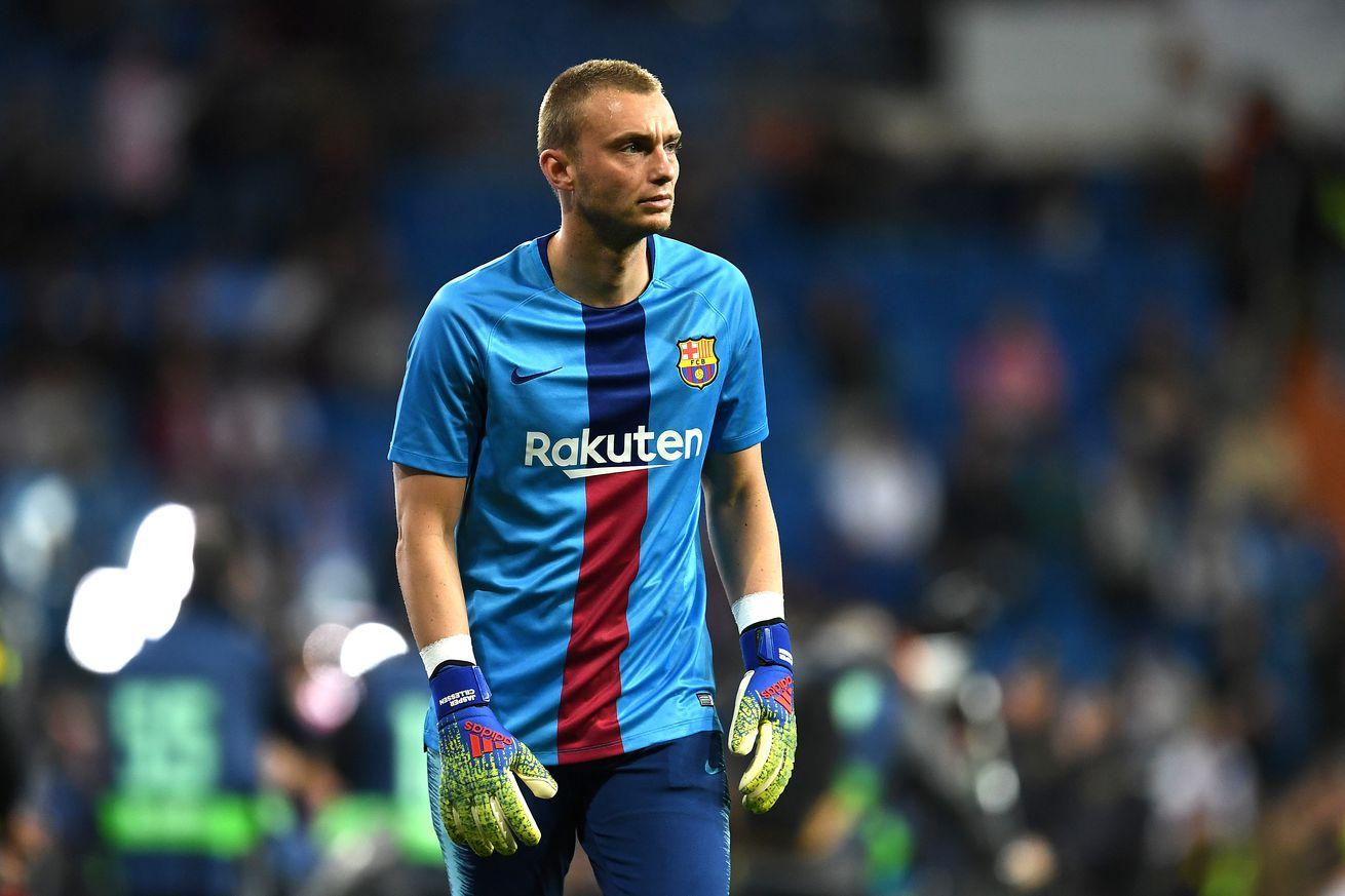 "Jasper Cillessen out, Wuilker Faríñez in at Barcelona"""
