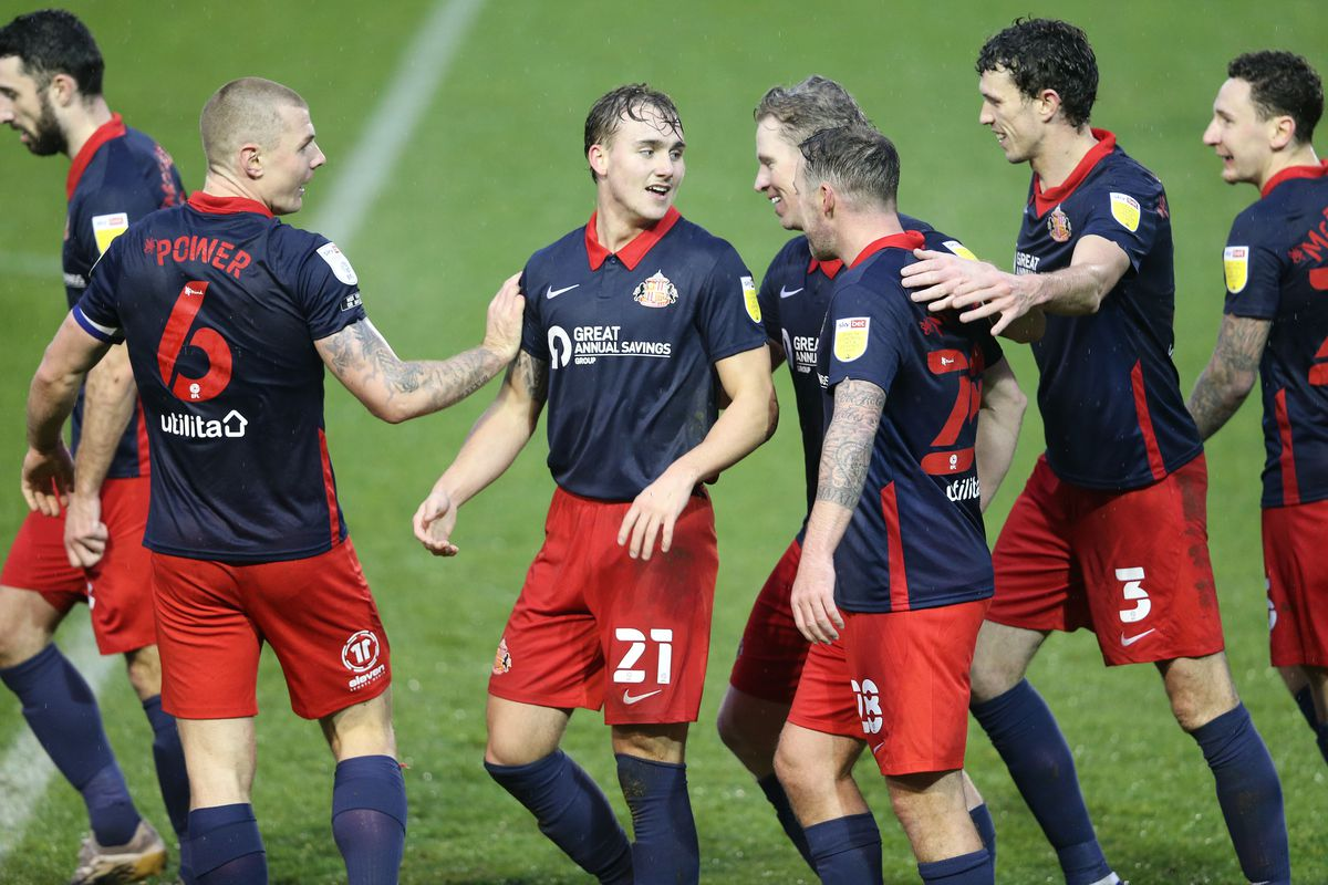 Lincoln City v Sunderland - Sky Bet League One