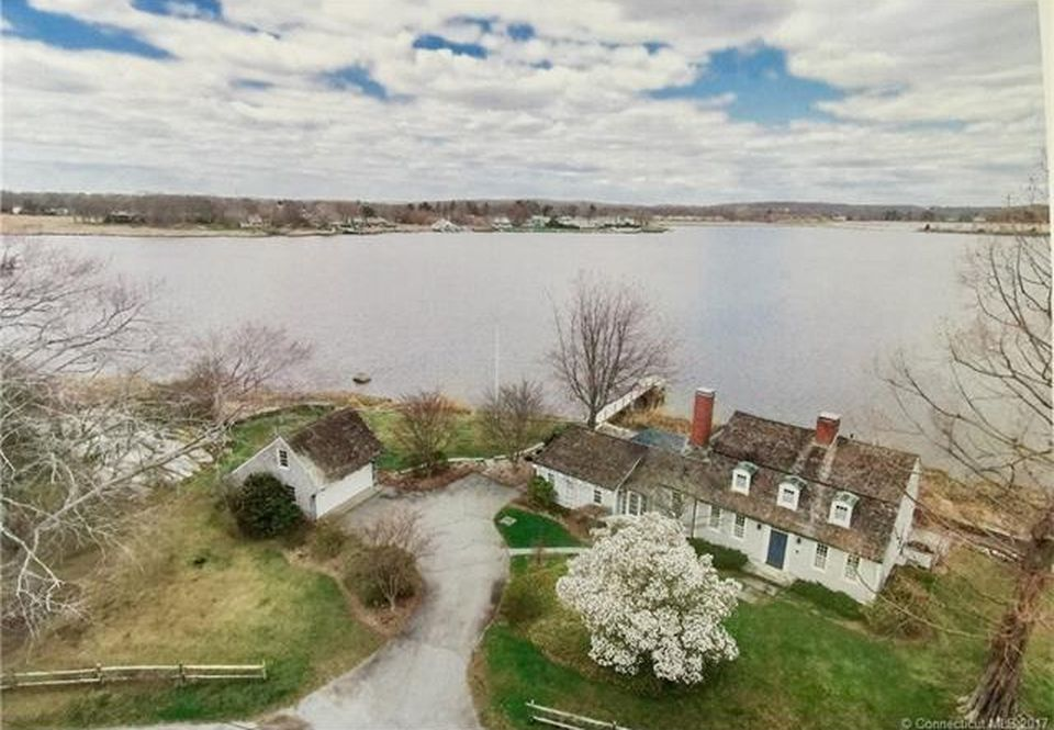 Astonishing 3 Historic Waterfront Houses For Sale Right Now Curbed Home Interior And Landscaping Ologienasavecom