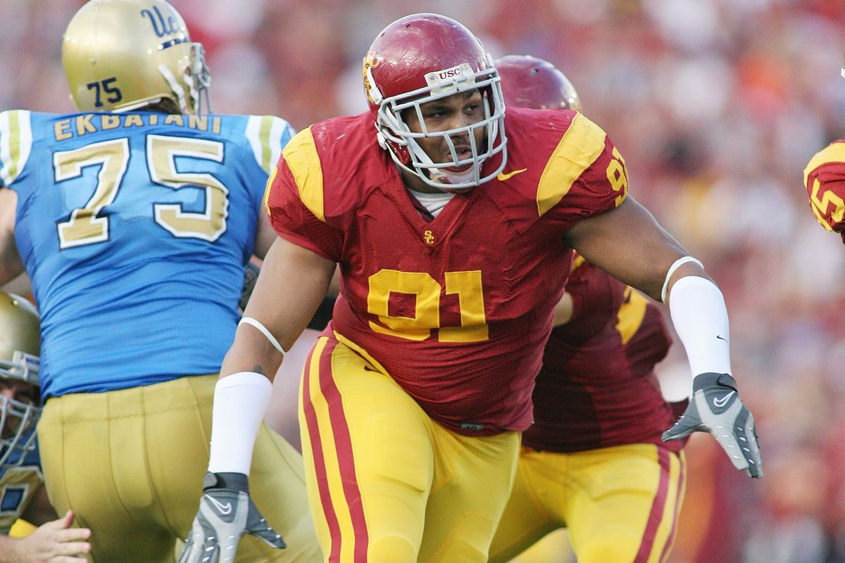 USC Trojans in the NFL DT Jurrell Casey going to the Pro Bowl