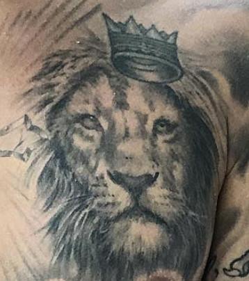3efce4dca Justin Bieber's Chest Tattoos, Ranked - The Ringer