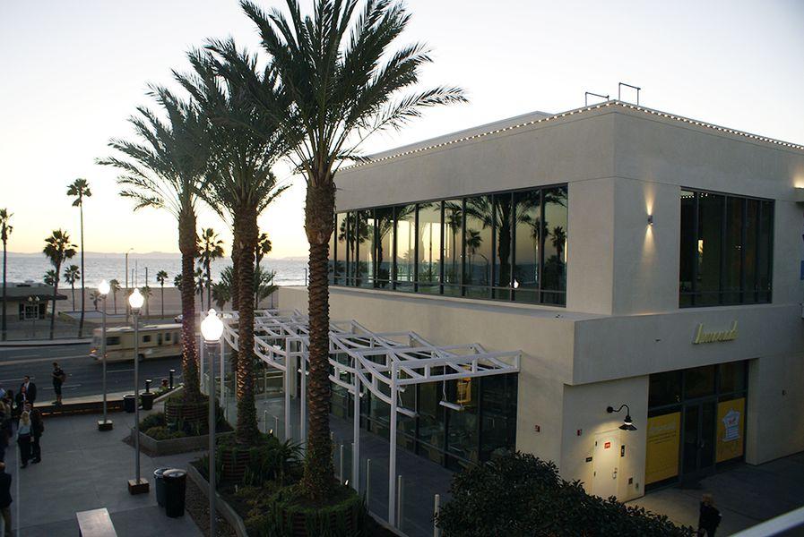 Wearhouse Huntington Beach