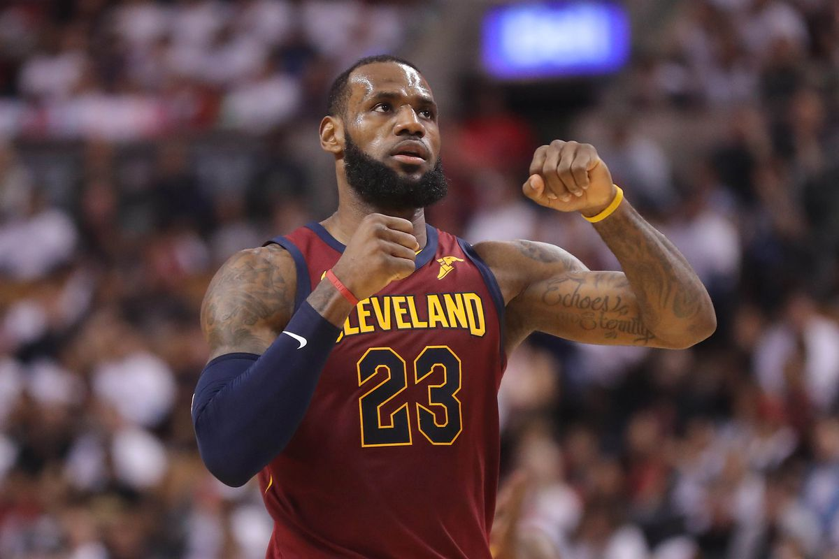 Lebron Is Still King A Sea Of Blue