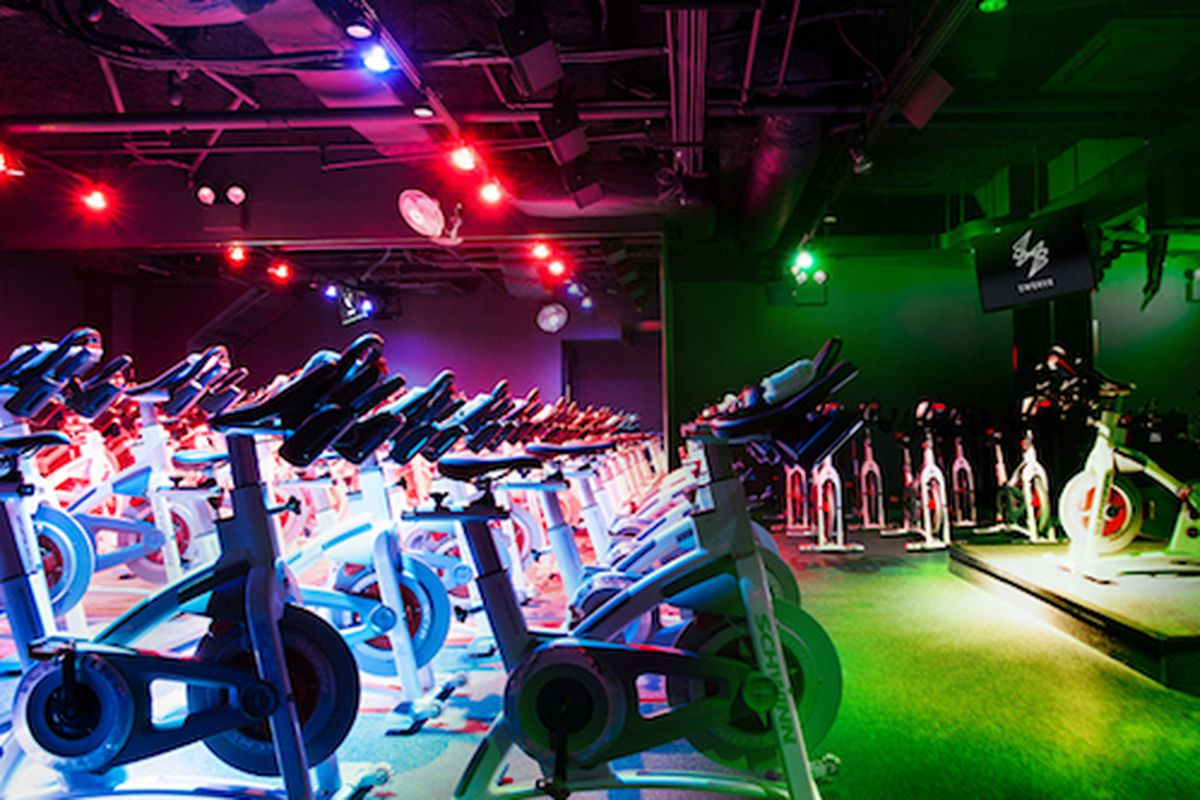 "Image via Lisa Russman/<a href=""http://swervefitness.com"">Swerve Fitness</a>"