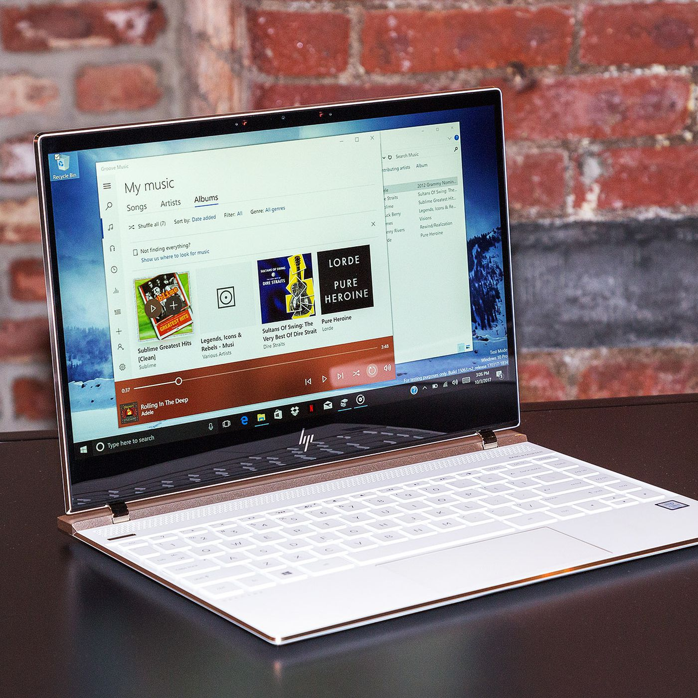 HP's Spectre 13 is now even smaller and comes with eighth-gen Intel