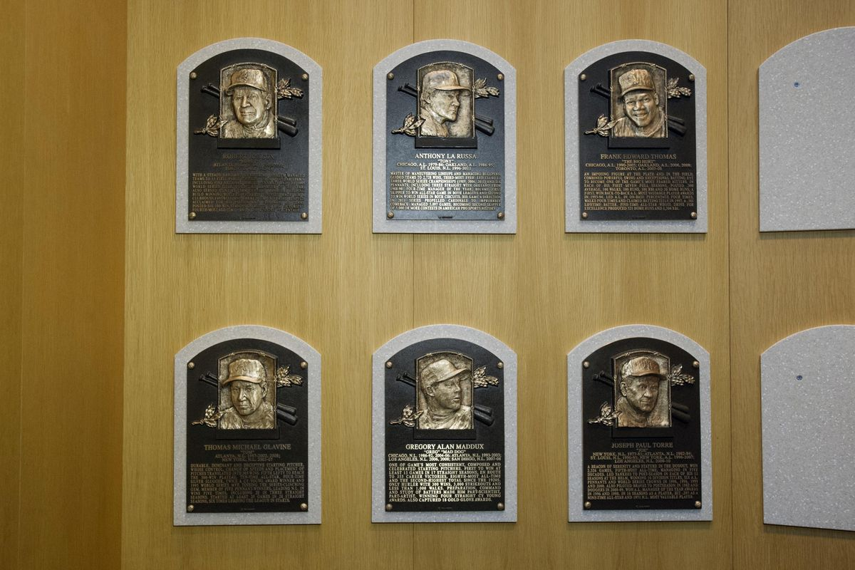 Whose plaques will join them in 2015?