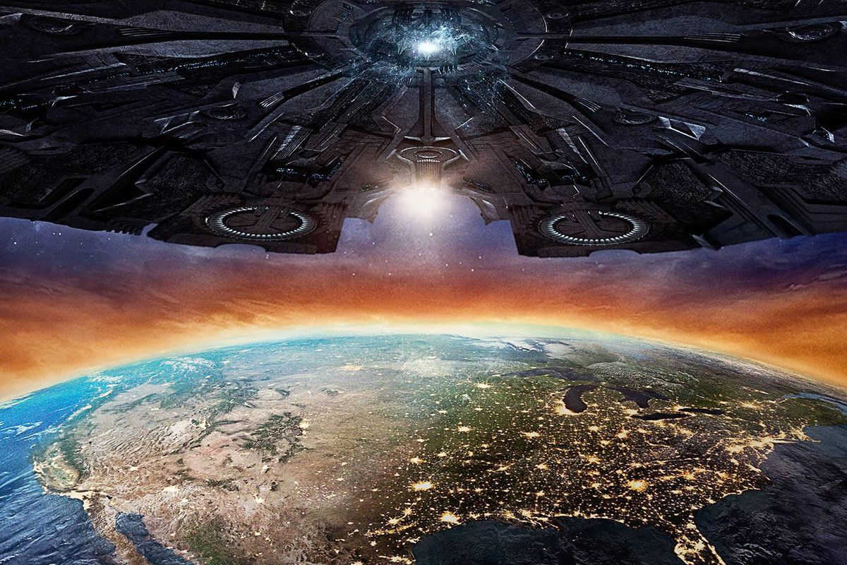 The 23 craziest things that happen in independence day resurgence independence day resurgence has been labeled by the broad critic community as an abomination its been called lazy nonsensical and joyless sciox Gallery