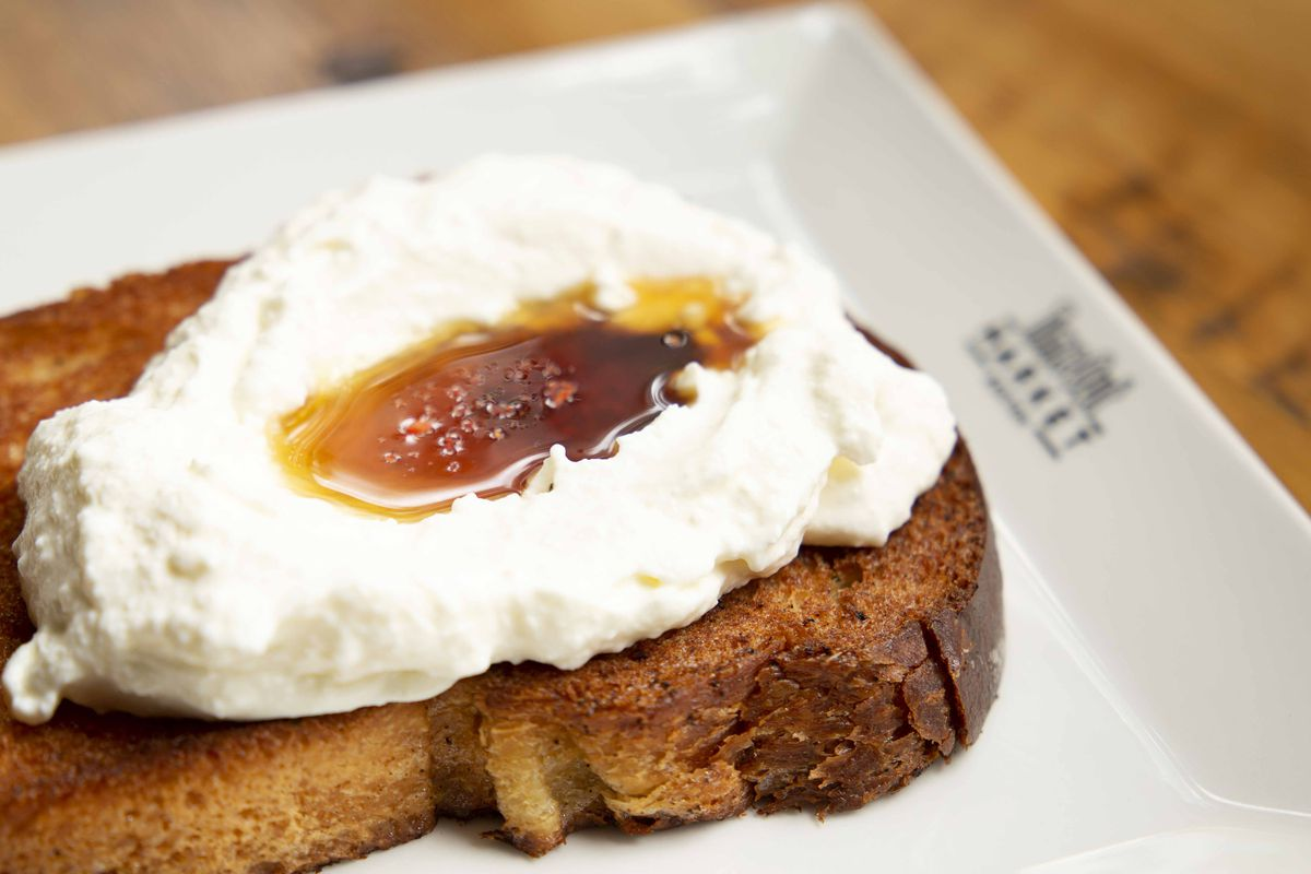 Ricotta and local honey on brioche at Bisq at Time Out Market Boston