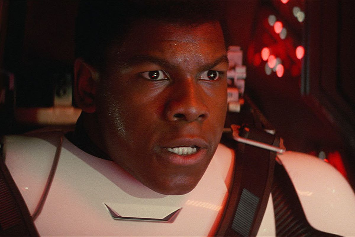 Finn making a concerned face in in Star Wars: The Force Awakens.