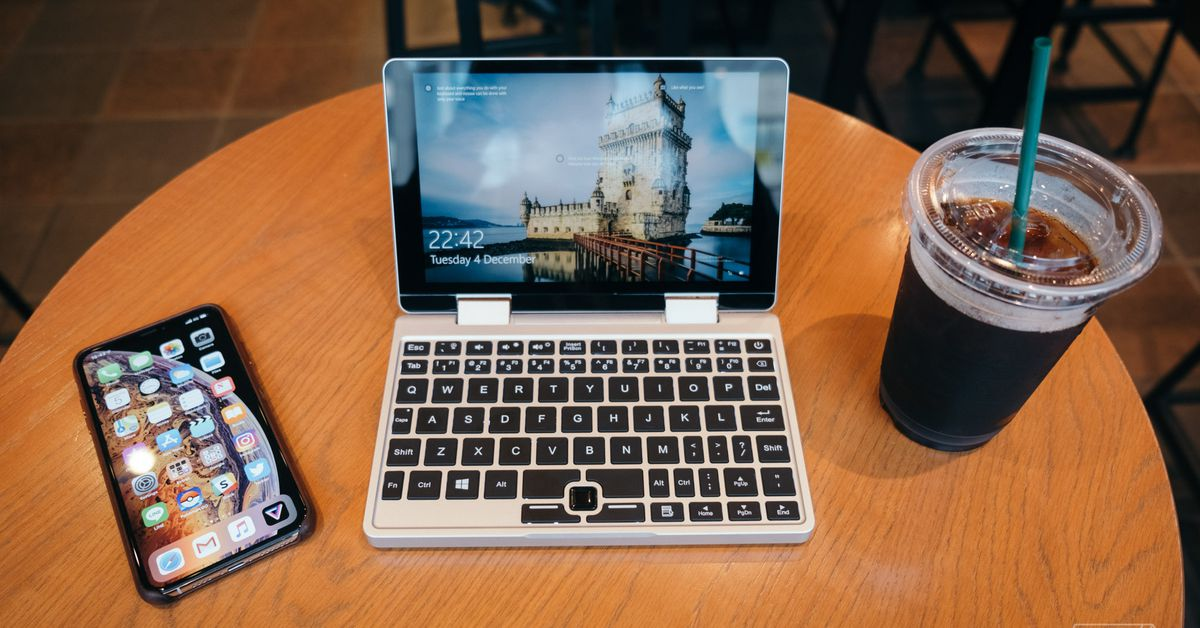 QnA VBage The Falcon is a cute 8-inch laptop that folds into a janky tablet