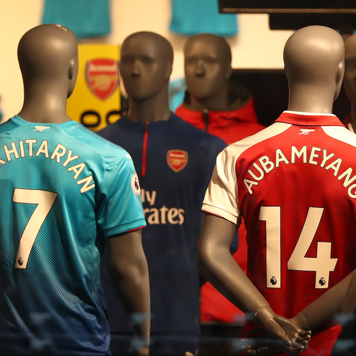 newest c5284 88ce6 Fans react positively to Arsenal's 2019-2020 Adidas third ...