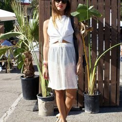 Festivalgoer Alex Venegas looked classy in this white cropped top and sheer skirt.